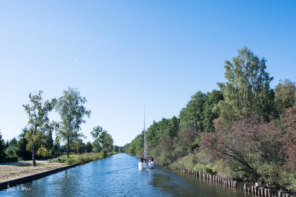 Durch den Kanal